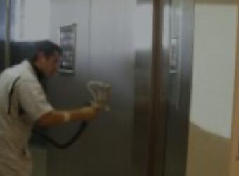 エレベーター内(ボタン)